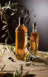 Hallazgos por los científicos del ARS, incluyendo pruebas para asegurar la autenticidad del aceite de oliva, podrían ayudar a fortalecer el sector del aceite de oliva en EE.UU.