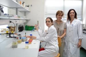 De izquierda a derecha: María Dolores Rojo, Cristina de Lorenzo y Paula M. Periago. UPT