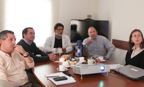 Reunión con autoridades del agro. En la foto con el Seremi de  Agricultura, Francesco Venezian